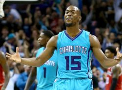 Hornets' rocky season continues with Kemba Walker needing knee surgery