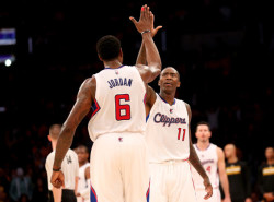 VIDEOS: Jamal Crawford puts on a 4th quarter show and DeAndre Jordan sings about it