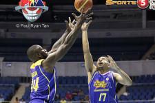 Talk 'N Text crushes Barako Bull, ends their playoff hopes