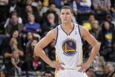 VIDEOS: Thompson, Warriors bench, lead Golden State to second victory against Pelicans