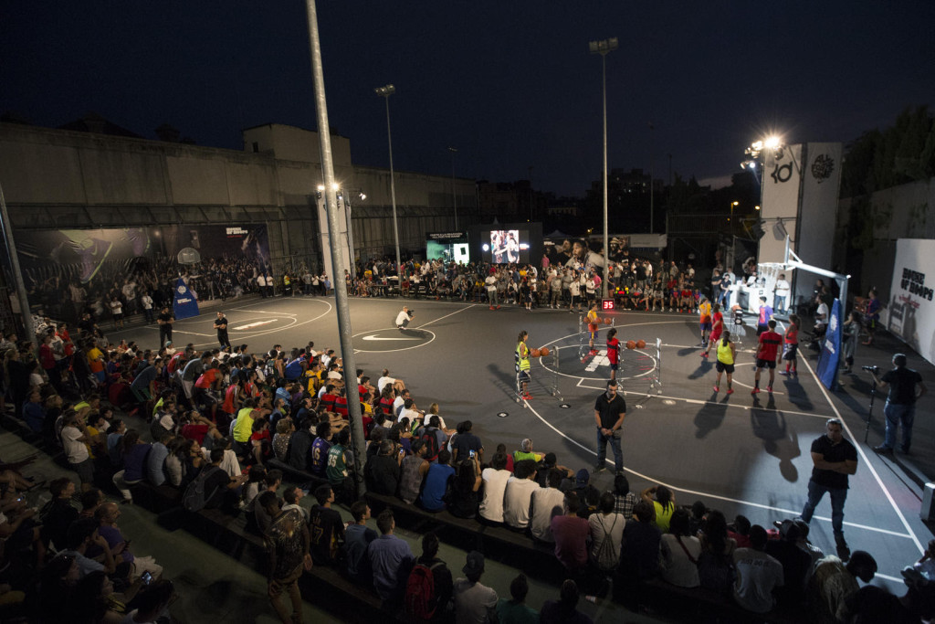 Madrid's basketball community puts the newly refurbished Lavapies court to good use.