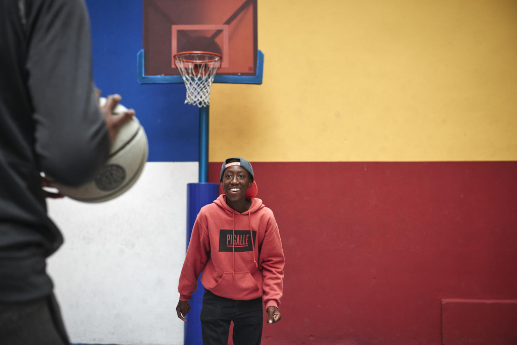 Ibrahim Traoré plays a game of one-on-one with his idol on his neighborhood court.