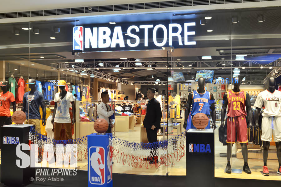 rburbeltoddrick.ga is the only place to get Nike NBA Jerseys, NBA Nike Fashion, New Era Snapbacks and Spalding Basketballs. We stock all 30 teams from Eastern & Western conferences at the NBA Shop Europe, so whichever NBA team you support, get your jersey, fashion, equipment, headwear and souvenirs here today.