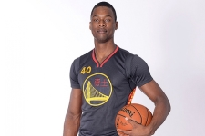 PHOTOS: Warriors, Rockets show off Chinese New Year unis