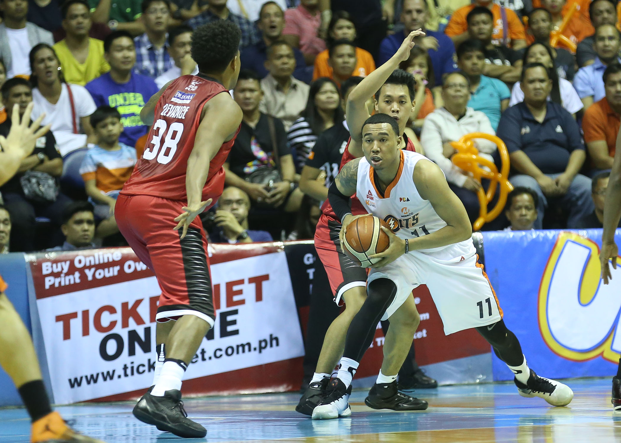 pba-meralco-vs-ginebra-october-7-2016-kc-2