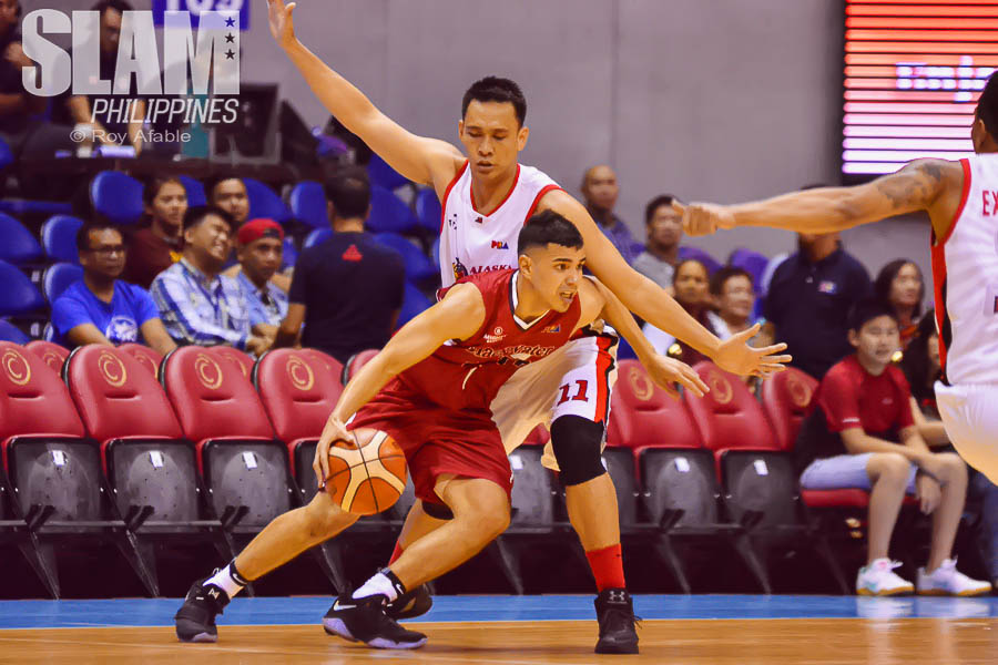 2017 PBA Commissioners Cup Alaska-Blackwater pic 11 by Roy Afable