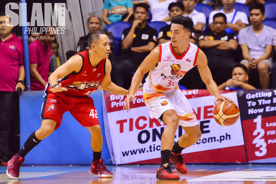 2017 PBA Commissioners Cup Alaska-Phoenix pic 3 by Roy Afable
