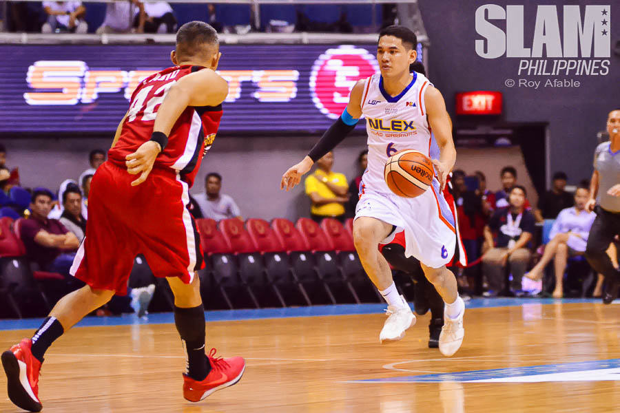 2017 PBA Commissioners Cup Alaska-NLEX pic 9 by Roy Afable