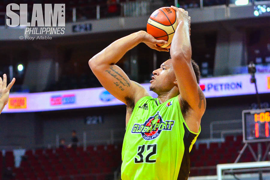 2017 PBA Commissioners Cup GlobalPort-Meralco pic 12 by Roy Afable