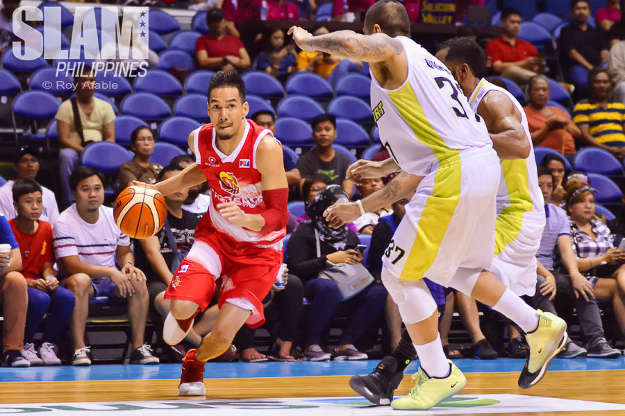 2017 PBA Commissioners Cup GlobalPort-Phoenix pic 3 by Roy Afable