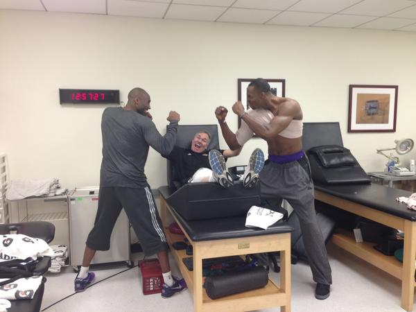 After Rumors of Fighting, Kobe and Dwight Photographed in Fighting Stance