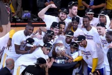 LOOK: Everything's golden as Warriors claim Western Conference Championship