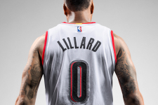 VIDEO: Damian Lillard goes into attack mode against the Utah Jazz
