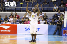 Talk 'N Text's Ivan Johnson fined P150k for bump on Rain or Shine coach Guiao