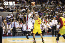 Comeback kids strike again: Alaska Aces rally to beat Star Hotshots