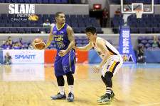 Blackwater trades Brian Heruela to Barako Bull for Carlo Lastimosa