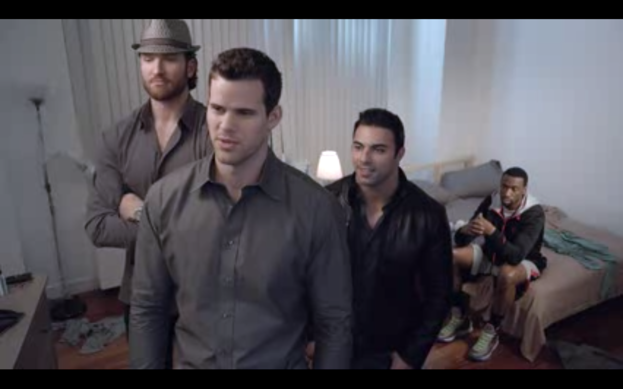 VIDEO: Kris Humphries' Entourage is the Bobcats of Entourages