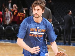 VIDEO: There's way too much mustard on this Alexey Shved layup try