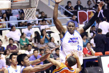 Former BMEG/San Mig Coffee import Denzel Bowles close to deal in China