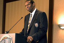RIP Earl Lloyd, first African-American to play in the NBA