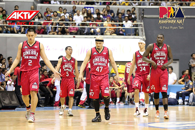 ginebra-team-shot-with-macklin