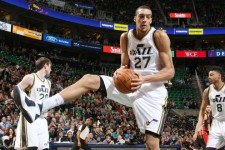 VIDEO: Rudy Gobert hauls in career-best 24 rebounds