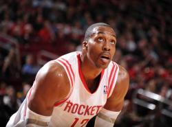 VIDEO: Dwight Howard returns as Rockets shoot down Pelicans