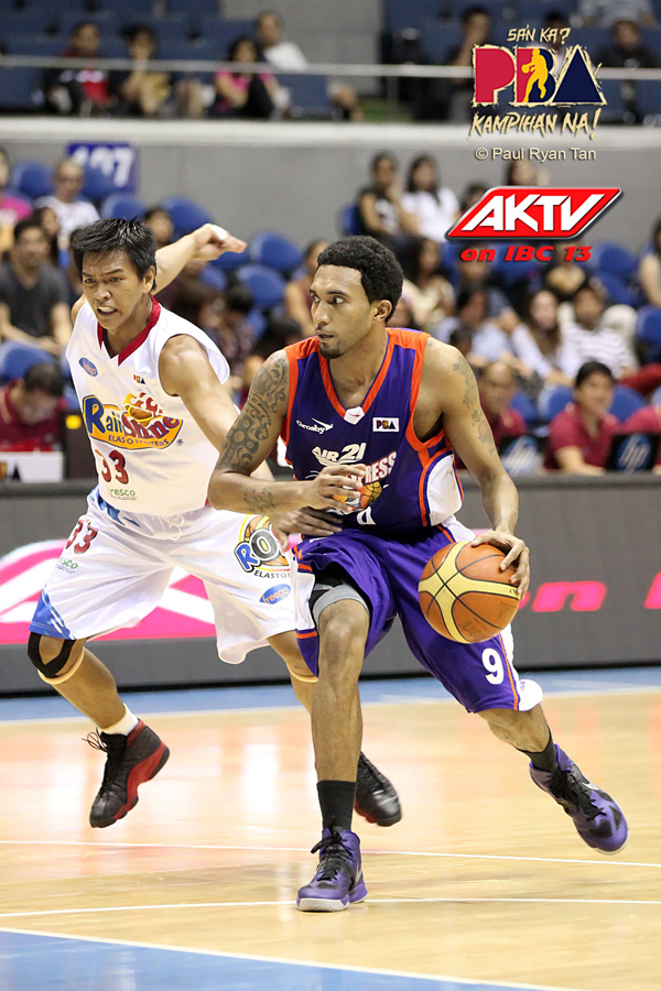 Air 21 Express Tries to Break Slump Against Upstart Meralco Bolts